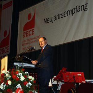 Peer Steinbrück auf dem Neujahrsempfang der IGBCE in der Kamener Stadthalle