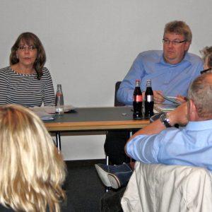 Achim Schwarz, Geschäftsführer der AWO im Kreis Unna und Marion Dyduch