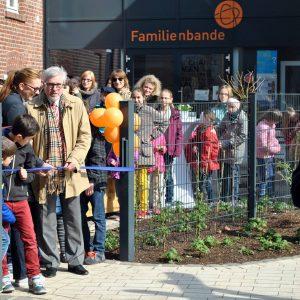 Eröffnung Spielplatz mit Tanja Brückel  und Bürgermeister Hermann Hupe